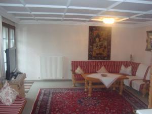 Standaard Appartement met 2 Slaapkamers en Balkon