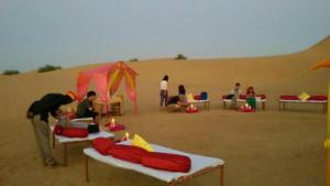 Hummer Desert Safari Camp, Resorts  Jaisalmer - big - 17