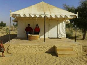 Hummer Desert Safari Camp, Resorts  Jaisalmer - big - 12