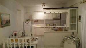 Estella, Апартаменты  Неа-Фокия - big - 7