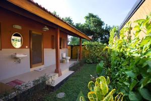 Bali Bila Bungalow, Guest houses  Kubutambahan - big - 9