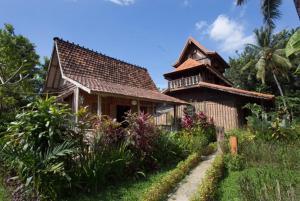 Bali Bila Bungalow, Guest houses  Kubutambahan - big - 15