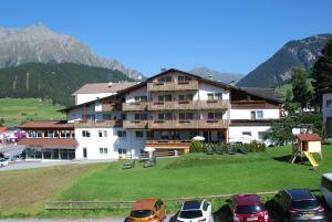 Nauders Hotels