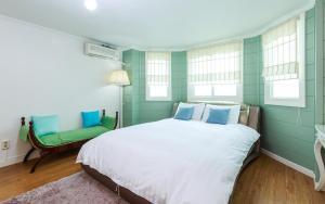 Green Hill Pension, Дома для отпуска  Пхёнчхан - big - 96