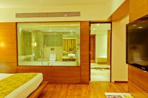 Ramee Grand Hotel and Spa, Pune, Hotely  Pune - big - 15