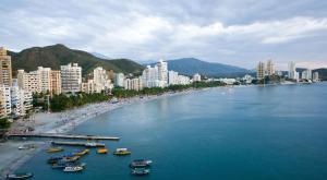 la perla travels santa maria, Appartamenti  Puerto de Gaira - big - 17