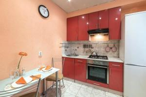 Apartments on Sergeya Shilo 202