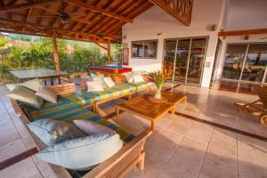 Cala Luxury vacation Homes, Villen  Santa Teresa - big - 40