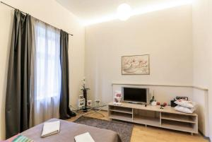 Apartment with View near Town Hall, Апартаменты  Вильнюс - big - 2