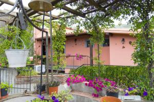 Etma, Bed and Breakfasts  Sant'Alfio - big - 97
