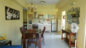 Pico de Loro - Vacation Homes, Apartments  Nasugbu - big - 4