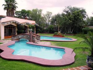 Quinta Cobos, Alloggi in famiglia  Tequisquiapan - big - 31