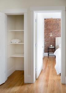 Two-Bedroom on E Springfield Street Apt 3, Apartmanok  Boston - big - 4
