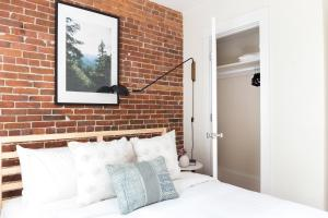 Two-Bedroom on E Springfield Street Apt 3, Apartmanok  Boston - big - 22