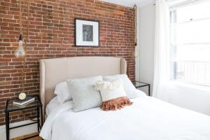 Two-Bedroom on E Springfield Street Apt 3, Apartmanok  Boston - big - 29