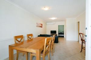 West Beach, Apartments  Perth - big - 9