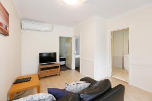 West Beach, Apartments  Perth - big - 8