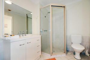 West Beach, Apartments  Perth - big - 3