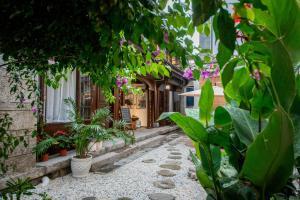 Lishe Yard, Homestays  Dali - big - 63