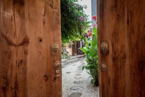 Lishe Yard, Homestays  Dali - big - 66