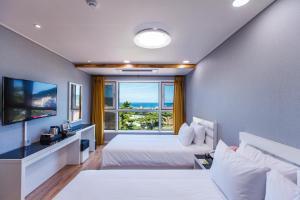 Hotel Best One, Hotels  Jeju - big - 4