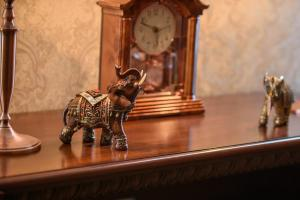 Kon-Tiki Boutique Hotel, Bed & Breakfasts  Sankt Petersburg - big - 9