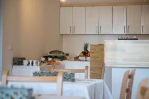Villa Sky - rooms and apartment - фото 7