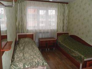 Мотель Западный, Канаш
