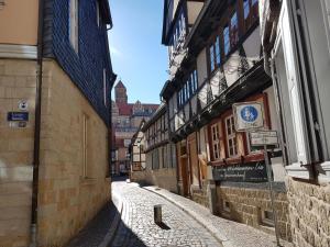 Quedlinburg 2, Appartamenti  Quedlinburg - big - 21