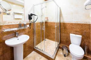 Kon-Tiki Boutique Hotel, Bed & Breakfasts  Sankt Petersburg - big - 17