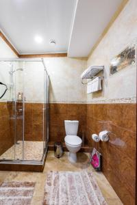 Kon-Tiki Boutique Hotel, Bed & Breakfasts  Sankt Petersburg - big - 19