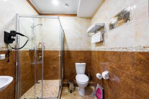 Kon-Tiki Boutique Hotel, Bed & Breakfasts  Sankt Petersburg - big - 20