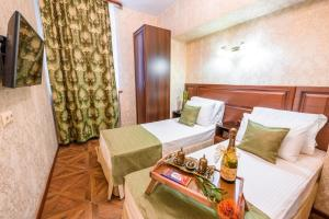 Kon-Tiki Boutique Hotel, Bed & Breakfasts  Sankt Petersburg - big - 38