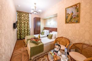 Kon-Tiki Boutique Hotel, Bed & Breakfasts  Sankt Petersburg - big - 39