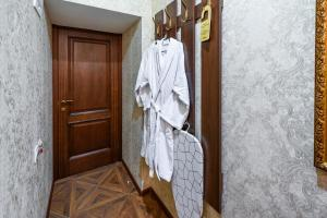 Kon-Tiki Boutique Hotel, Bed & Breakfasts  Sankt Petersburg - big - 43