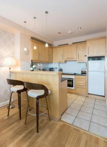 Sea View Luxury City Centre - Best Location, Apartmány  Galway - big - 13