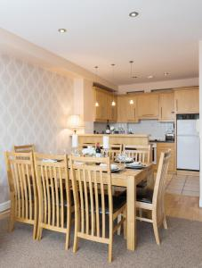Sea View Luxury City Centre - Best Location, Apartmány  Galway - big - 14