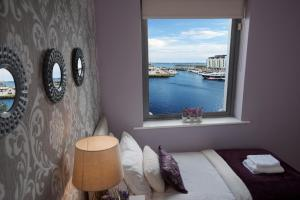 Sea View Luxury City Centre - Best Location, Apartmány  Galway - big - 11