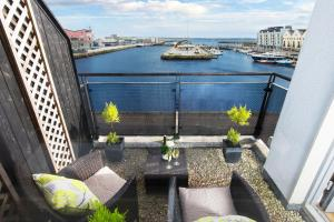 Sea View Luxury City Centre - Best Location, Apartmány  Galway - big - 7