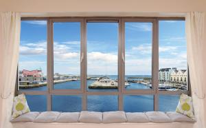 Sea View Luxury City Centre - Best Location, Apartmány  Galway - big - 19