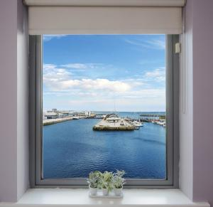 Sea View Luxury City Centre - Best Location, Apartmány  Galway - big - 2