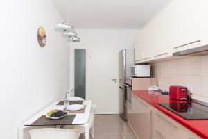 Ada Apartment, Appartamenti  Braşov - big - 12
