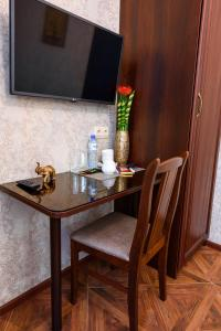 Kon-Tiki Boutique Hotel, Bed & Breakfasts  Sankt Petersburg - big - 57