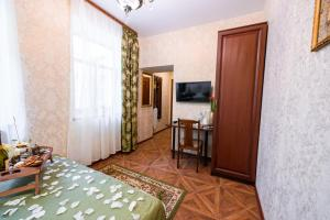 Kon-Tiki Boutique Hotel, Bed & Breakfasts  Sankt Petersburg - big - 58