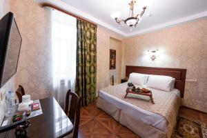 Kon-Tiki Boutique Hotel, Bed & Breakfasts  Sankt Petersburg - big - 66