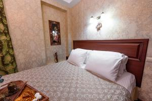 Kon-Tiki Boutique Hotel, Bed & Breakfasts  Sankt Petersburg - big - 72