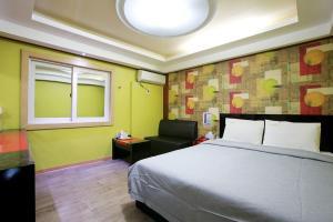 Sheraton Motel