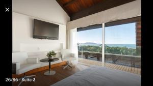 Casa Paraiso a beira-mar, Ville  Florianópolis - big - 52