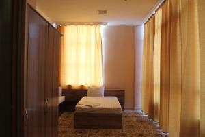 Villa Hotel, Hotely  Taraz - big - 3