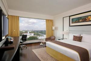 Crowne Plaza Pune City Centre, Hotely  Pune - big - 5